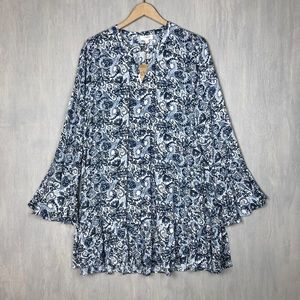 NWT Umgee bell sleeve swing dress paisley M